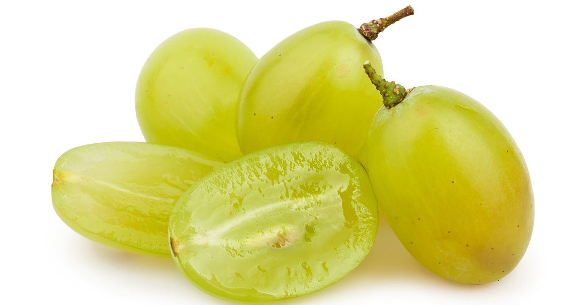 Yes, You Should Still Cut Your Kid's Grapes To Avoid Choking
