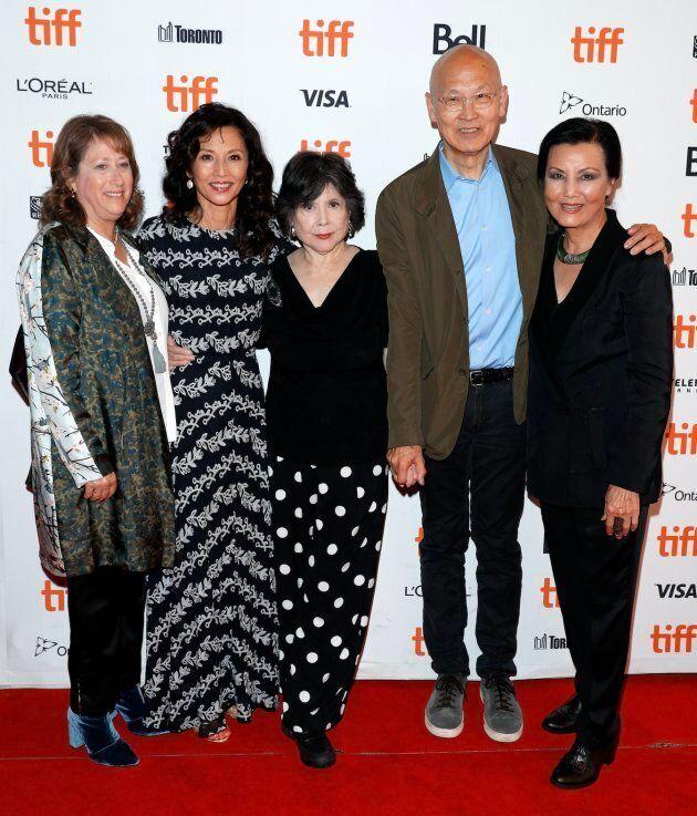(L-R) Heidi Levitt, Tamlyn Tomita, Tsai Chin, Wayne Wang, and Kieu Chinh at the 'The Joy Luck Club' at TIFF 2018.