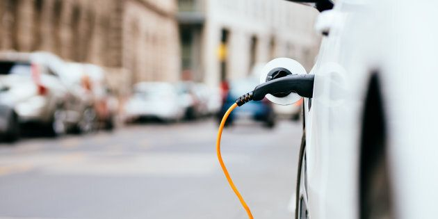 Canadian Households Can Save Big By Driving Electric Cars: