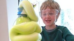 17 Easy Science Experiments To Blow Your Kids'