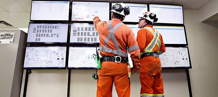 Vale employees monitor operations in real time with digital displays in Totten Mine's warm room.