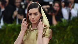 Anne Hathaway Channels Her Inner Sith