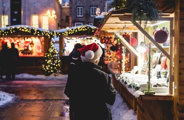 Old Quebec City Christmas Market.5 Ways Quebec City Can Give You A Fairytale Holiday