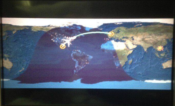 Distribuzione delle ore alla posizione dell'aereo indicata sullo schermo, ore 23:45 del