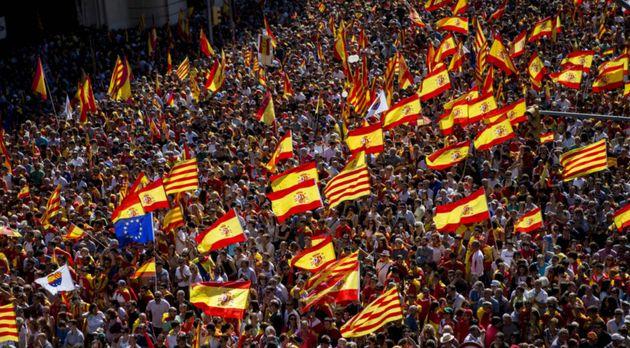 El 'no' a la independencia de Cataluña supera al 'sí ' por primera vez desde