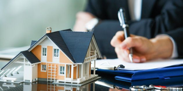 You're likelier to get a better mortgage rate if you switch lenders at renewal time.