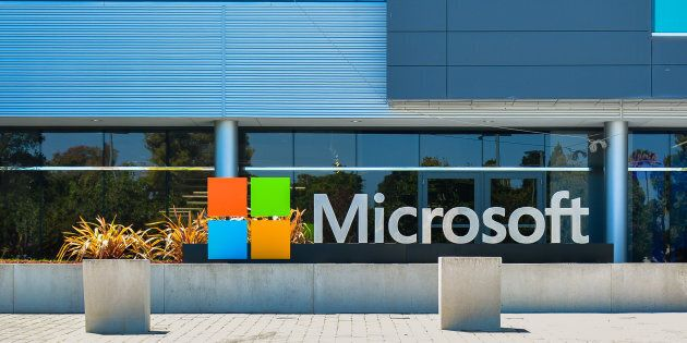 Microsoft Shoots Past Apple To Become World's Most Valuable