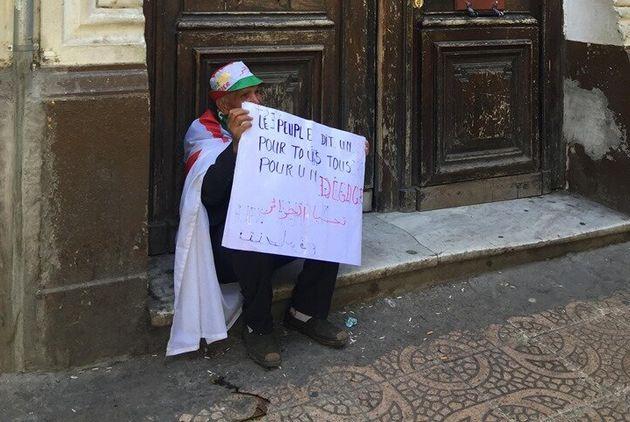 Malgré le jeûne, les manifestants du 12e vendredi maintiennent la