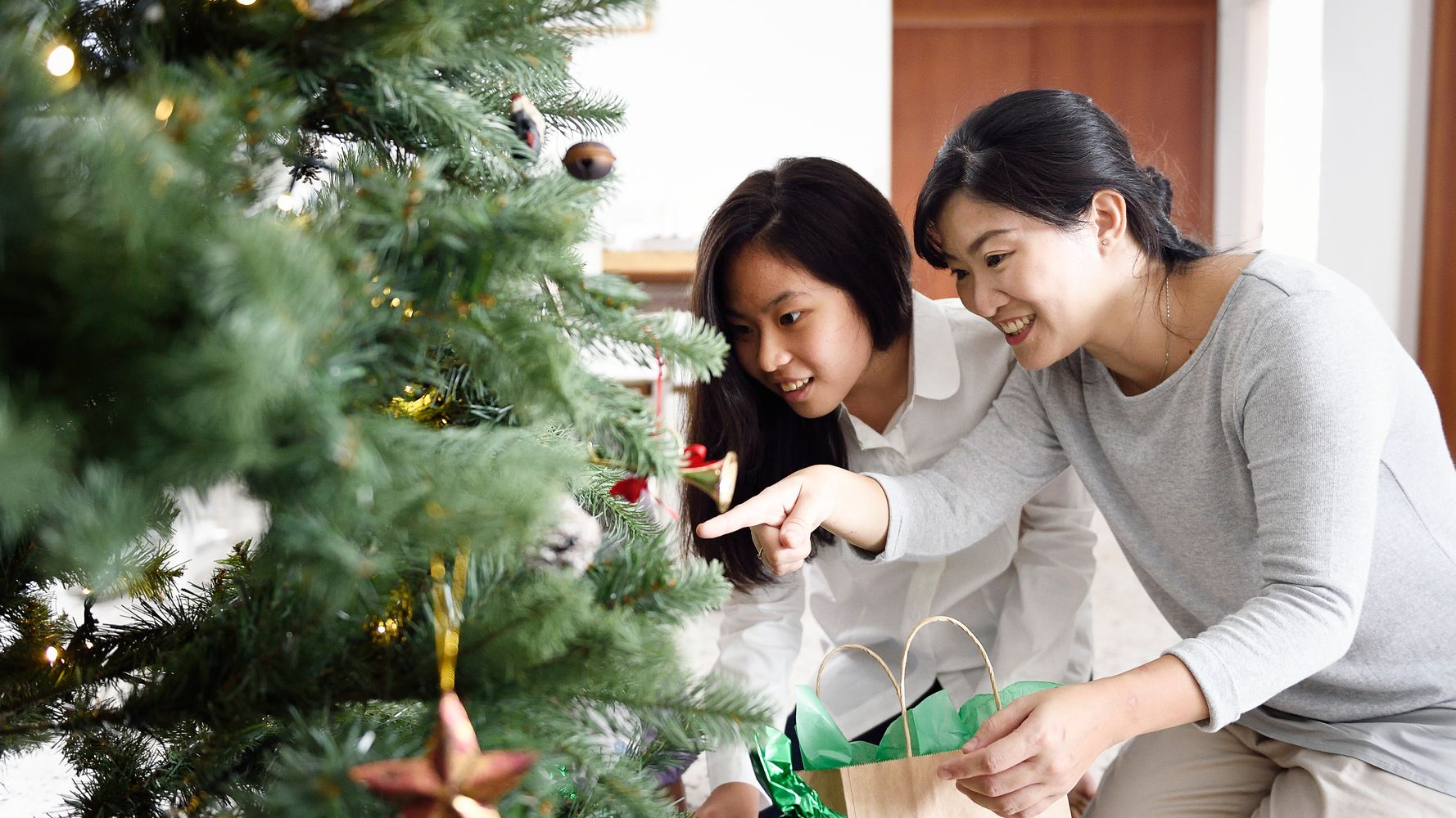 Gift Ideas For Immigrant Parents Who Don T Want Anything For Christmas Huffpost Canada Life