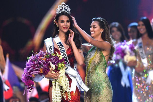 Catriona Gray of the Philippines is crowned Miss Universe 2018 by Miss Universe 2017 Demi-Leigh Nel-Peters...