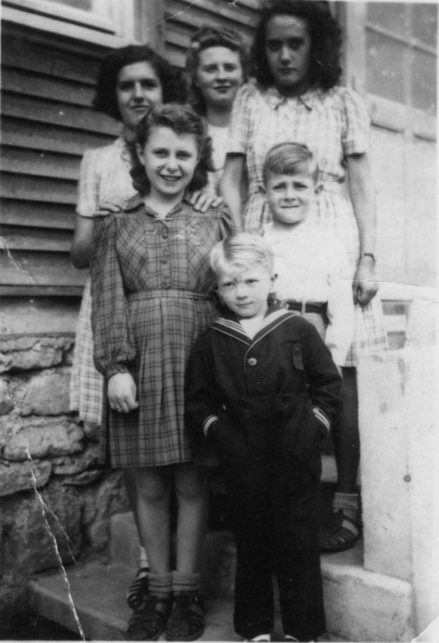 Charlotte Adelman on the left, in the checked dress. Alain Quatreville is in front.