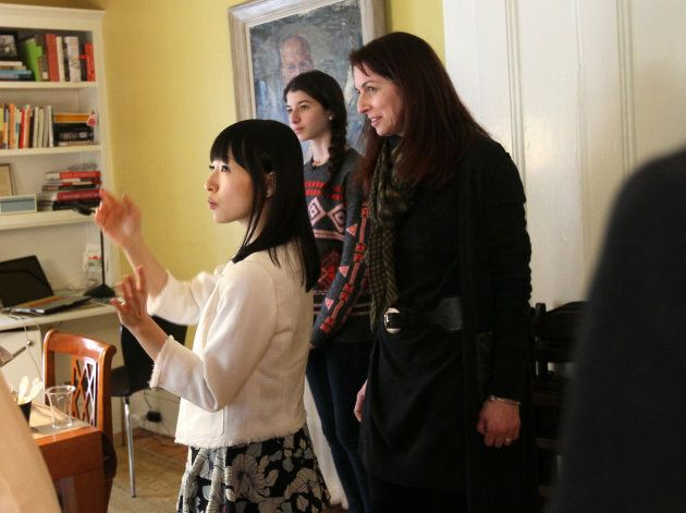 Marie Kondo helps Claudia Logan and her 16-year-old daughter organize their dining room/office.