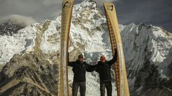 ▶ Canadian Brothers Climb Mount Everest With Canoes On Their
