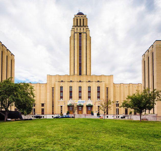 The Université de Montréal's main building with tower and