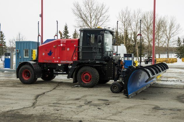 Otto, the airport's self-driving snowplow.