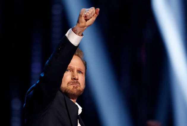 "Not a dry eye in the house during Corey Hart's heartfelt (sorry, we had to) acceptance speech. The ""Never Surrender"" singer was inducted into the Canadian Music Hall Of Fame on Sunday."