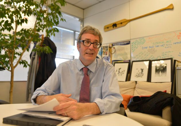 Irwin Elman, Ontario's advocate for children and youth, is stepping down April 1 before the office is officially closed May 1.