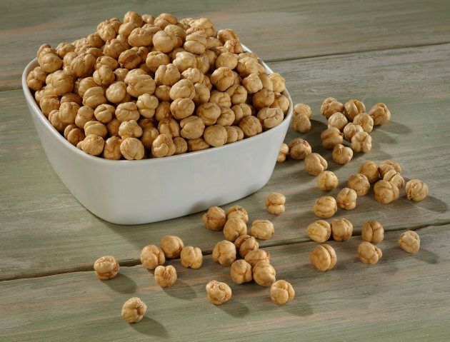 Roasted chickpeas are good sources of protein and