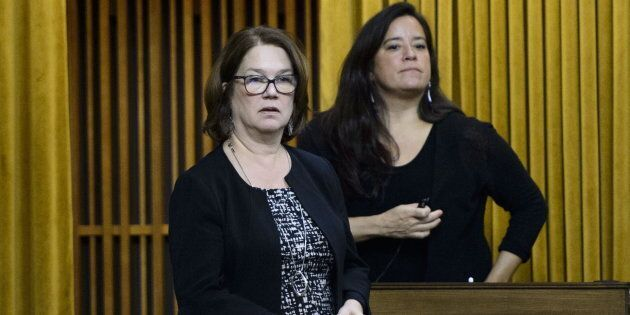Independent MPs Jane Philpott and Jody Wilson-Raybould vote in the House of Commons on April 9,