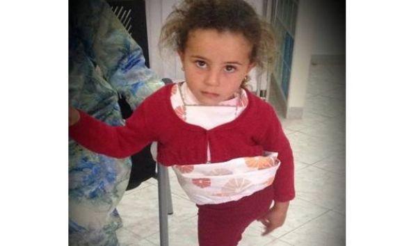 Une campagne en ligne cherche à aider une petite fille à avoir une jambe