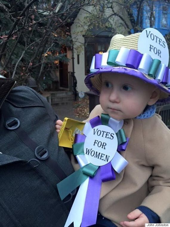 Stephen Harper, Justin Trudeau Halloween Costumes: Canadians Dress Up As
