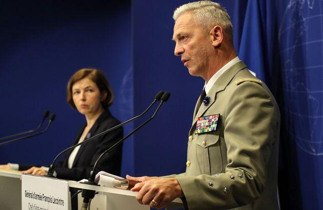 Le Général d'armée François Lecointre et la ministre des Armées Florence...