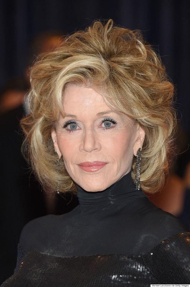 Jane Fonda Stuns In Slinky Black Dress At White House Correspondents' Association