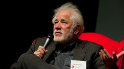 Ondaatje Among Writers Protesting PEN