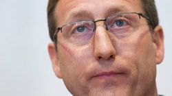 MacKay Disagrees With Top