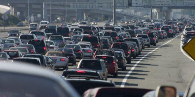 Canada Budget 2015: New Mass Transit Fund Gets Green