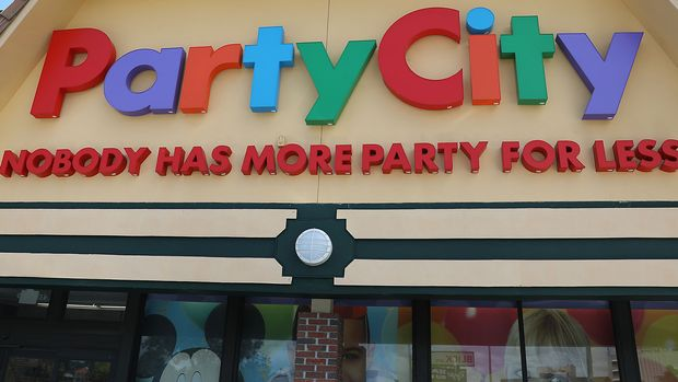 MIAMI, FLORIDA - MAY 10: A Party City store is seen on May 10, 2019 in Miami, Florida.  Party City announced that it will shutter 45 stores in 2019 due to a global helium shortage. (Photo by Joe Raedle/Getty Images)