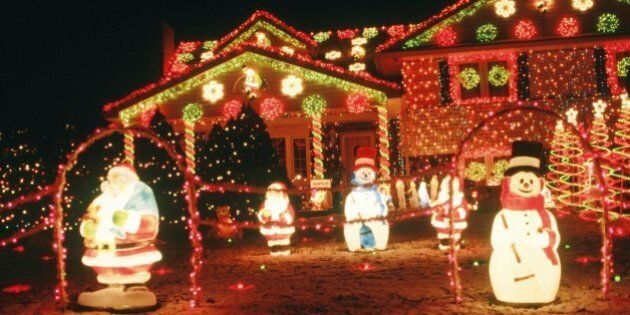Outdoor Christmas Lights That Will Look