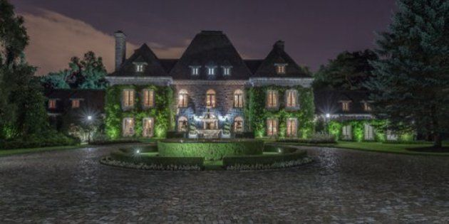 Canada's Most Expensive Homes That Just Can't Seem To