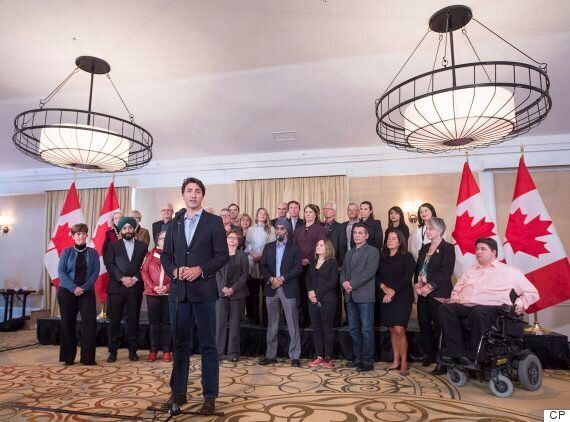 Justin Trudeau To Fly To Davos, With Economy Woes Following