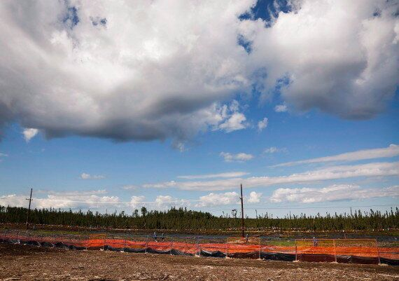 Alberta Oilsands Explosion Leaves One Dead, Another