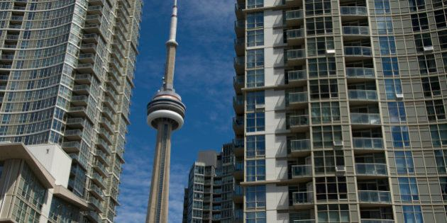 Toronto, Vancouver Housing Markets Accelerate As Rest Of Country