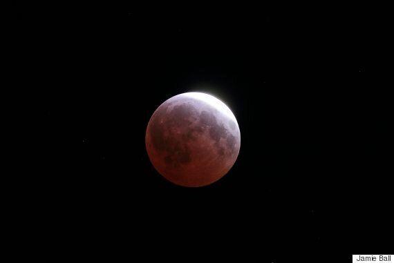 Lunar Eclipse 2015 Photos: Vancouver Stargazer Captures Blood
