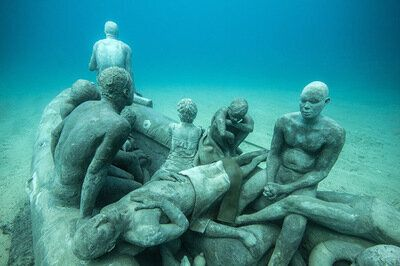 Selfie Taking Tourists And Drowned Refugees Are The Muses For A New Underwater