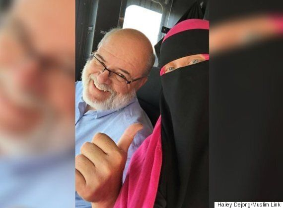 Hailey DeJong, Muslim Student, Thanks Ottawa Bus Driver For Calling Out