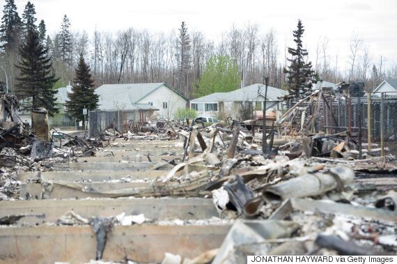 Fort McMurray Fire: Return Delayed For Some Evacuees As Neighbourhoods Deemed
