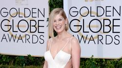 Rosamund Pike's Golden Globes Dress Is A