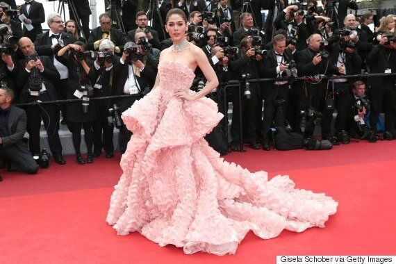 Araya A. Hargate's 2016 Cannes Fashion Inspires Dress Made Out Of Shrimp