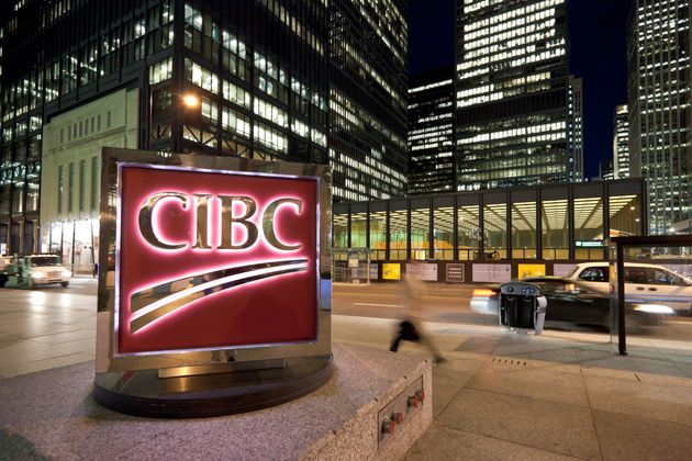 Canadian Banks Stockpile More Cash As Loan Defaults