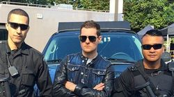 Bublé Hangs Out With His Hometown's