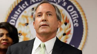 The battle at the border is escalating. President Trump now reportedly calling for a 'battlefield commander' to stop illegal immigrants, according to the 'Washington Examiner.' Yahoo Finance's Zack Guzman & Kristin Myers, along with Dow Jones Newswire Global Chief Editor Glenn Hall discuss with Texas Attorney General Ken Paxton.