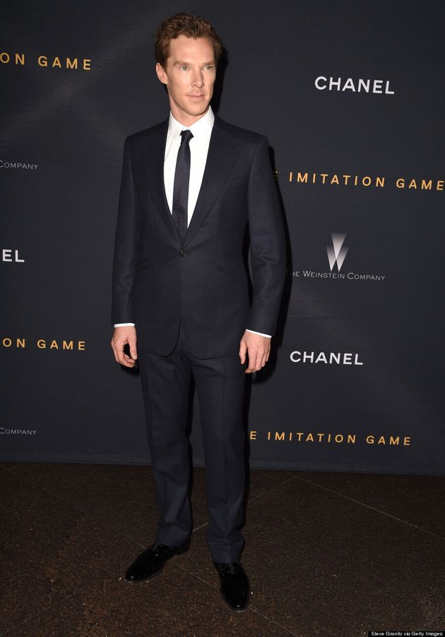 Benedict Cumberbatch Flies Solo On The Red