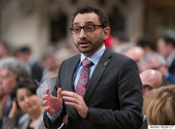 Liberals Consider New Approach For Canadians In Trouble