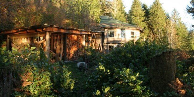 More Canadians Are Living 'Off The Grid' Than You