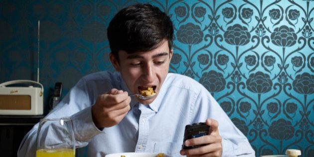Food Cravings: Tapping Your Forehead Could Reduce