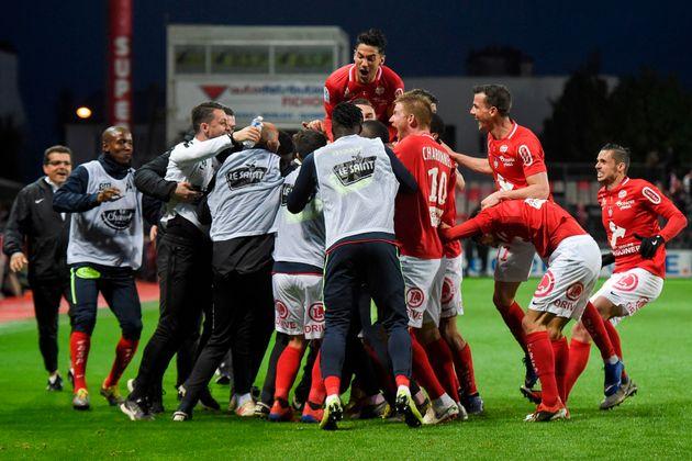 Brest de retour en Ligue 1, après l'avoir quittée en